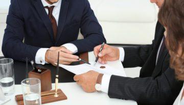 Notarpflicht zur Belehrung über Höhe der anfallenden Kosten im Rahmen der notariellen Beurkundung